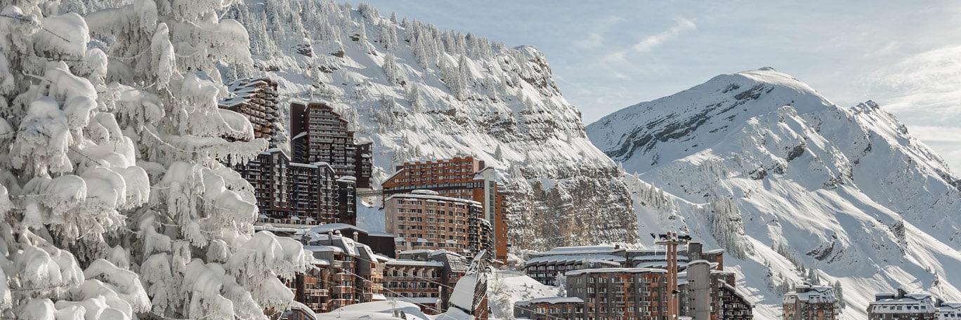 Imagen de esquí de montaña