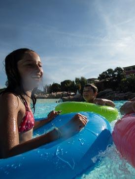 residences piscine montagne ete