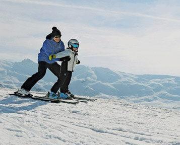 Primeros minutos de esquí. Vacaciones invierno 2017-2018.